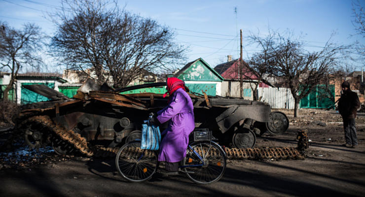 Дожить до весны: что будет с ценами, зарплатами и курсом доллара в Украине