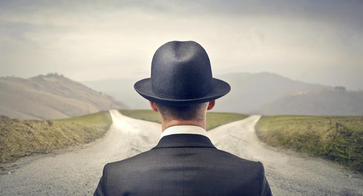 Стоит ли устраиваться на работу в маленькую компанию: плюсы и минусы