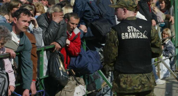 Почему заробитчане уезжают, а зарплаты в Украине остаются прежними