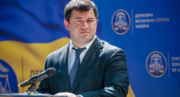 Кабмин уволил Насирова