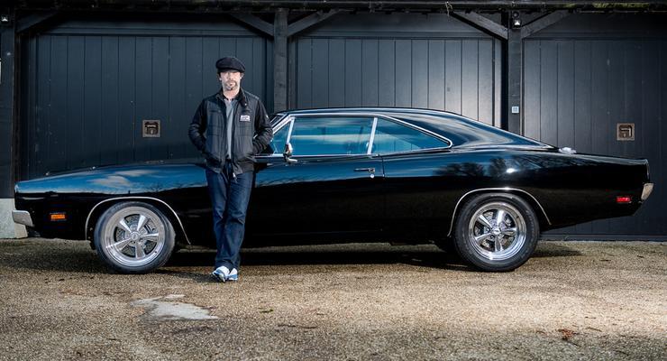 В Англии продают авто Брюса Уиллиса за 70 тысяч долларов