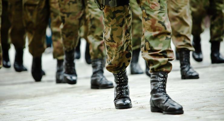 Кабмин повысил пенсии военнослужащим на 1,5 тыс грн