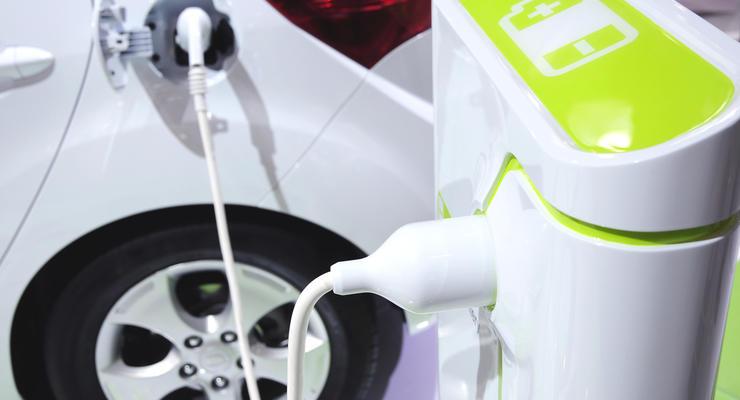 В Украине стоимость электромобилей может упасть почти на четверть