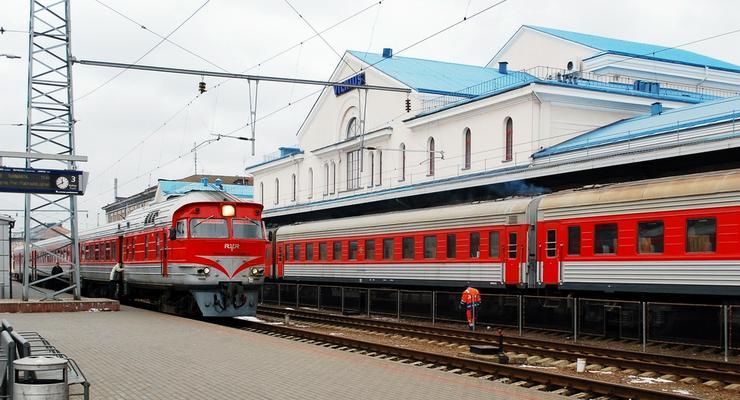 Укрзализныця назначила на праздники 18 дополнительных поездов