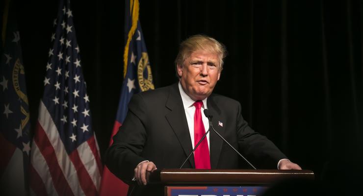 Трамп подписал указ о пошлинах на сталь и алюминий