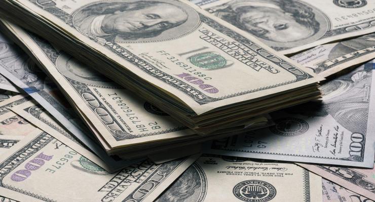 Валюта в обменниках продолжает дешеветь