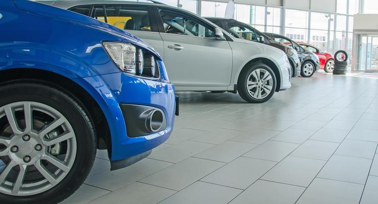 Дилеры снижают цены на автомобили