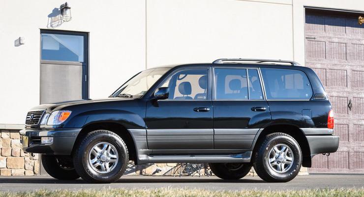 Старый Lexus LX оценили в 129 тысяч долларов