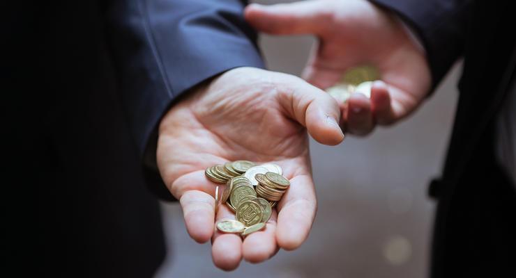 Стало известно, когда минималка украинцев вырастет до 6,2 тыс. гривен