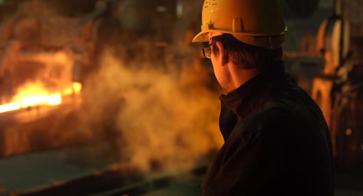 Украинские металлурги увеличили выпуск чугуна и стали
