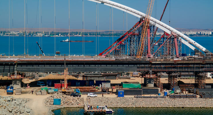 Россия отстрочила завершение строительства Керченского моста