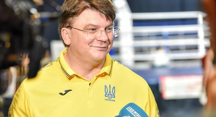 Сколько заработал за апрель министр спорта Жданов