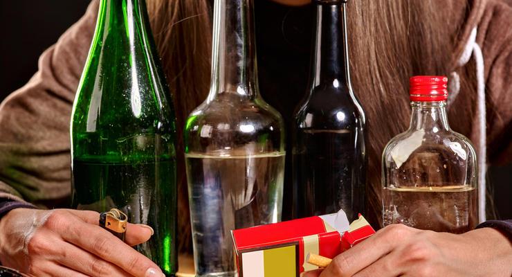 Насколько подорожали в Украине алкоголь и сигареты