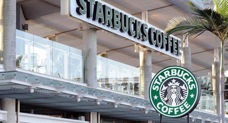 Глава Starbucks сообщил об отставке