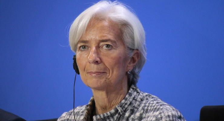 """Глава МВФ: Над мировой экономикой """"сгущаются тучи"""""""