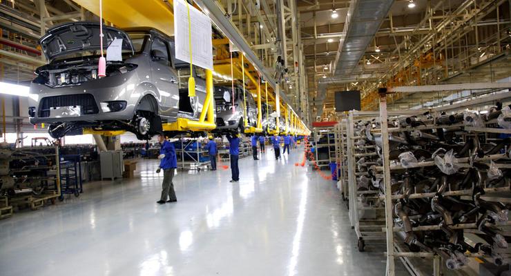 Автопроизводство в Украине упало почти на 40%