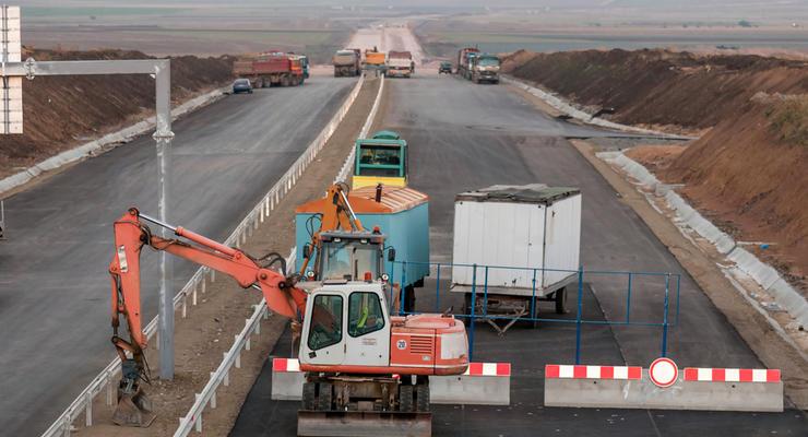 В Украине сузят ширину полос автомобильных дорог