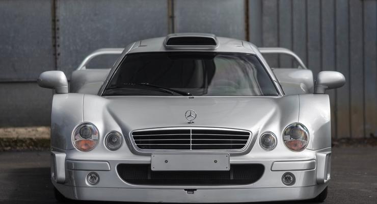 В США за 5 млн долларов продают редкий суперкар Mercedes
