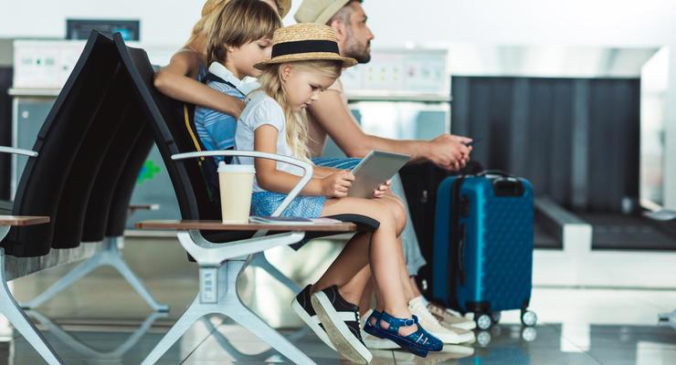 Сколько авиакомпании должны украинцам за задержки рейсов