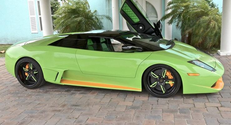 В США за 65 тысяч долларов продали поддельный суперкар Lamborghini