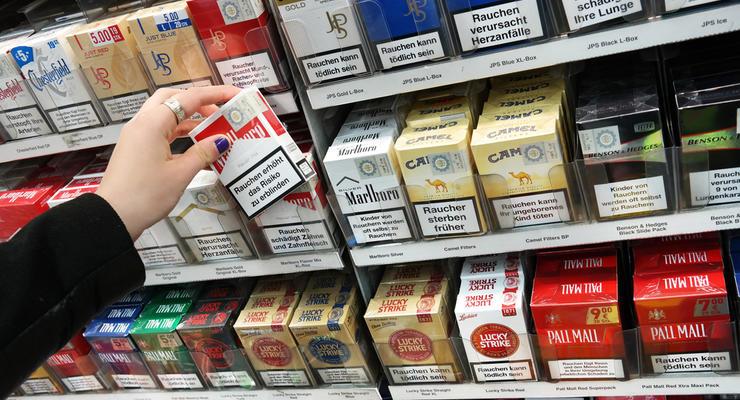 Как сократится бюджет Украины, если с витрин уберут сигареты