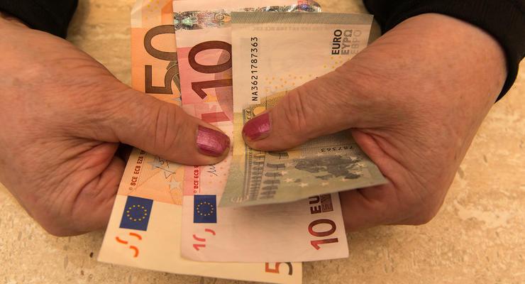 С января 2018 года пенсии в Украине выросли на 3%