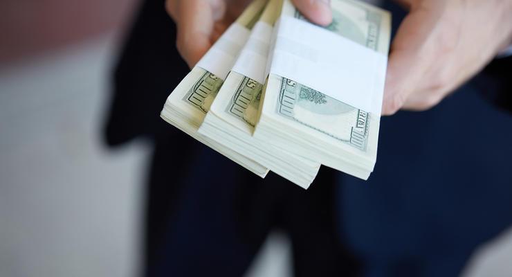 До конца года Украина должна найти 3,3 миллиарда долларов