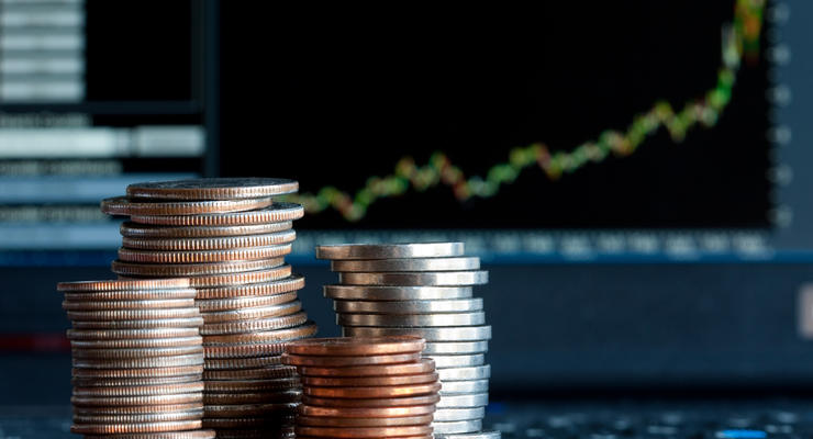 НБУ впервые за 7 месяцев купил валюту на межбанке