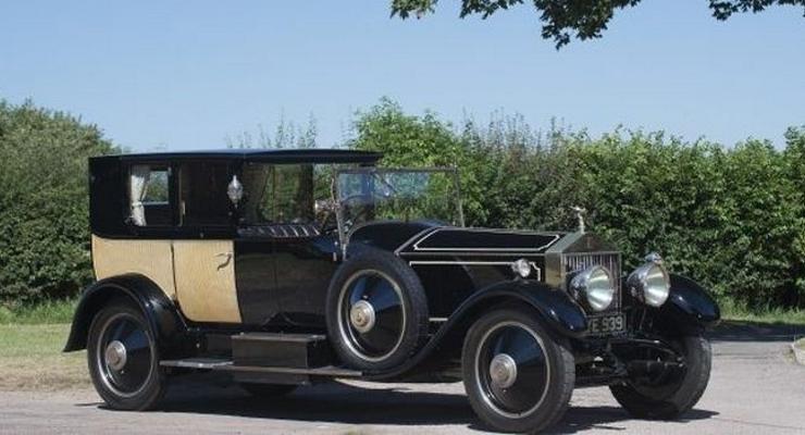 В Сети появились фото уникального Rolls-Royce Phantom почти за 150 тыс долларов