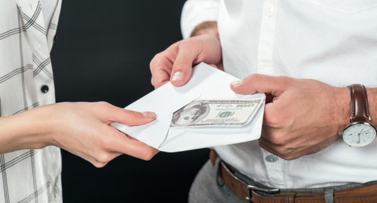 Какие застройщики в Украине платят самые низкие зарплаты