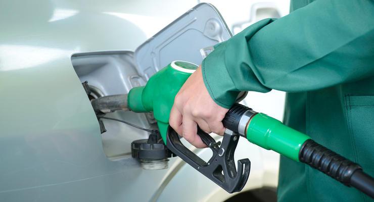 Бензин в Киеве снова подешевел