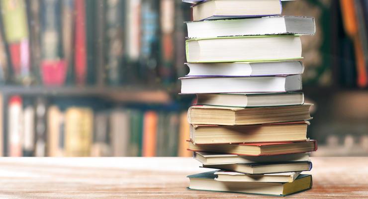 ТОП-3 самых высокооплачиваемых писателей по версии Forbes