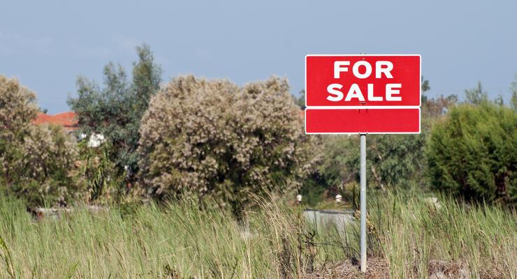 Рада не поддержала отмену моратория на продажу земли