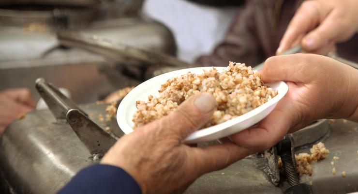 Аналитик рассказал, как побороть бедность в Украине