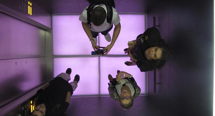 Застройщиков обяжут устанавливать лифты в четырехэтажных домах