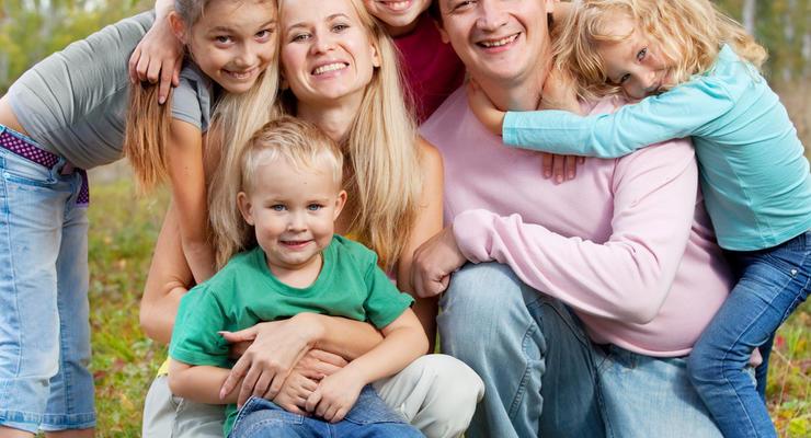 Госпомощь многодетной семье: Как получить доплату