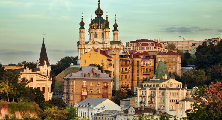 В Киеве введут запрет на пристройки к историческим зданиям