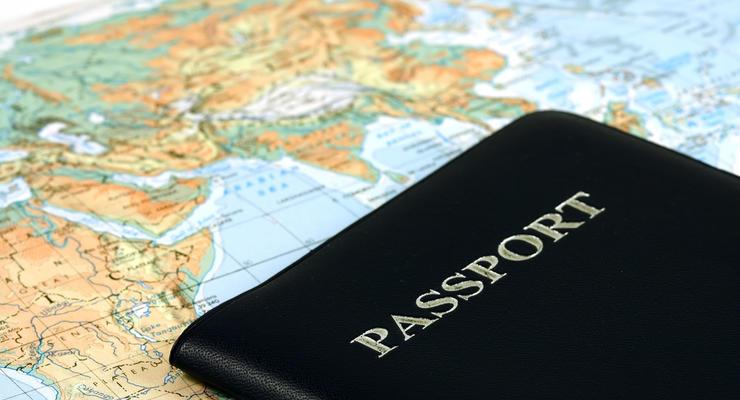 Кабмин одобрил повышение стоимости услуг по оформлению паспортов