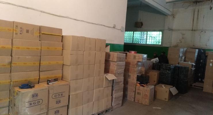 В Николаеве задержали контрабандистов табачной продукции