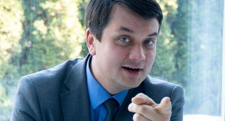 У Зеленского отвергли идею Коломойского о дефолте Украины