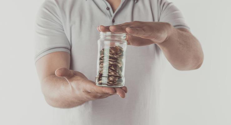 В мае банки постепенно начали снижать доходность гривневых вкладов