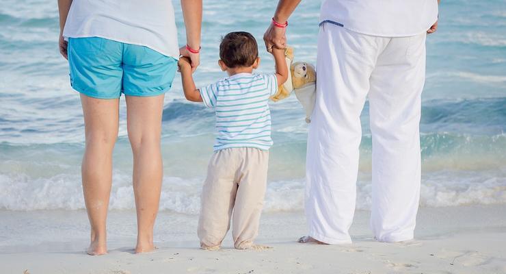 Родители приемных детей будут получать отпуск
