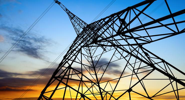 Цена электроэнергии для небытовых потребителей снизится с августа – глава НКРЭКУ