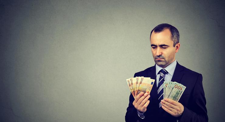 Эксперт рассказал, что происходит с курсом доллара