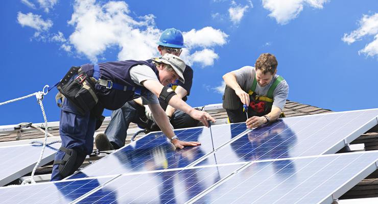 Сколько стоит установка солнечной или ветряной электростанции