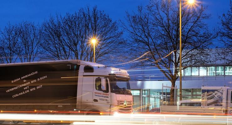 В Украине для грузовиков проезд по дорогам может стать платным