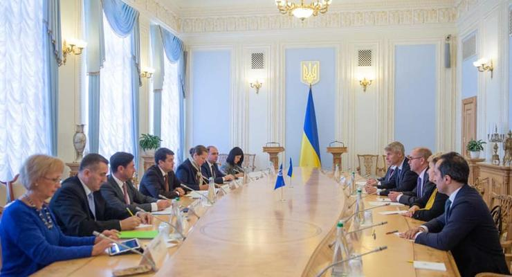 Разумков встретился с представителями МВФ: Что обсуждали