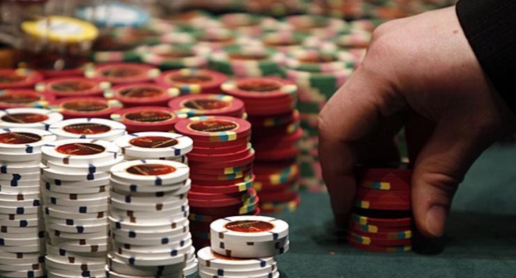 Большинство украинцев против легализации казино