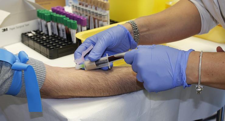 Донорство крови: Сколько можно заработать денег