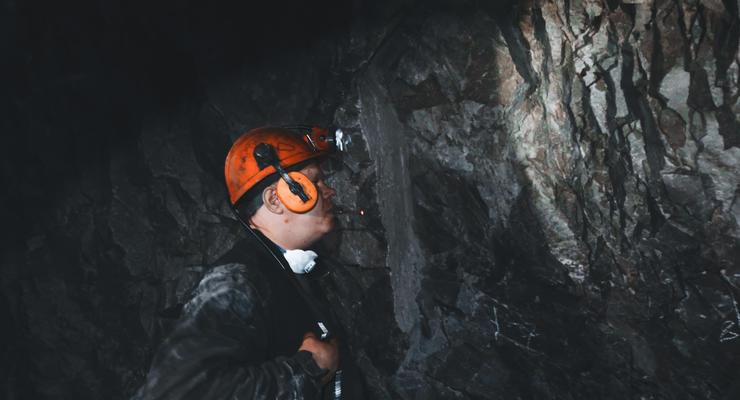 Кабмин выделит миллиард гривен на зарплаты шахтерам